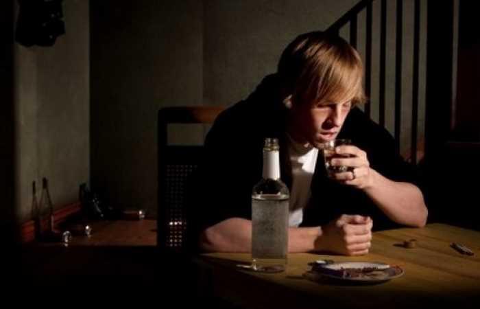 Депрессия после пьянки: что происходит